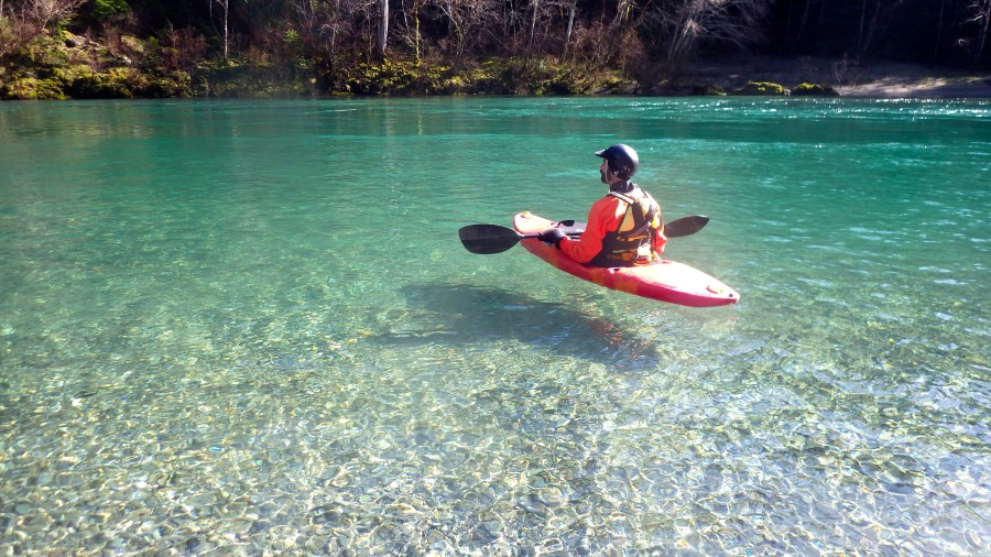 learning to kayak on the Smith River